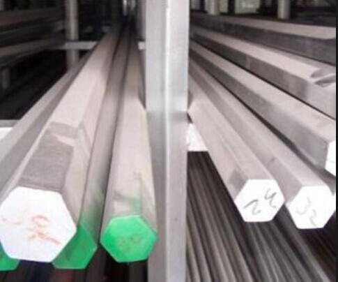 Hot or cold roll 300 Series Stainless Steel Hexagon Bar sand blasting , peeled , polishing